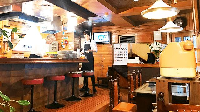 ピノキオ_店内