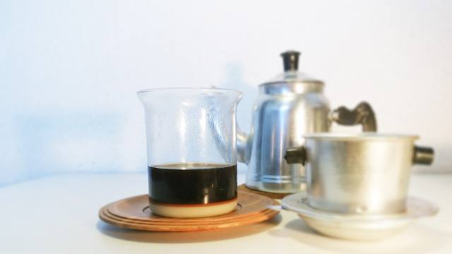 ベトナムコーヒー_カフェ・スア_②