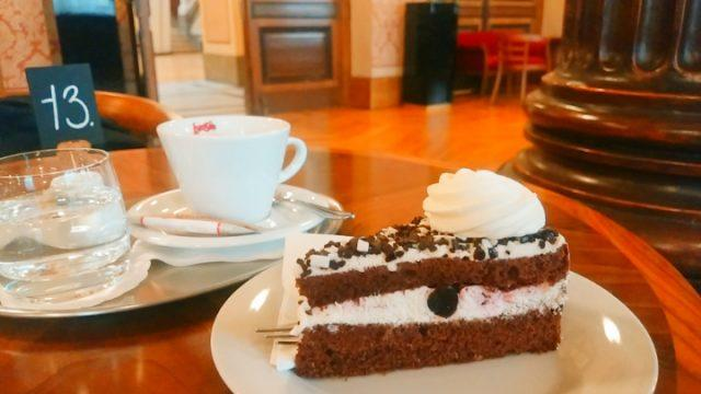 プラハ おすすめカフェ ⑱
