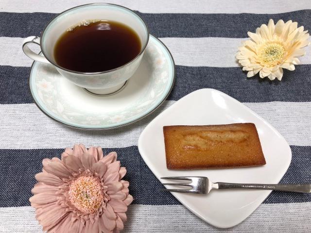 コーヒーとフィナンシェの相性