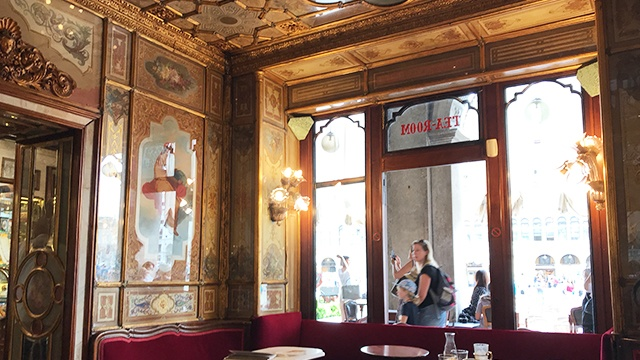 caffeflorian_イタリア_ヴェネツィア_内装