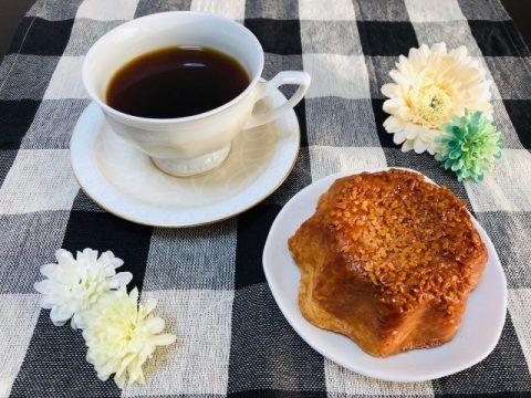 コーヒーとクイニーアマン 480x360