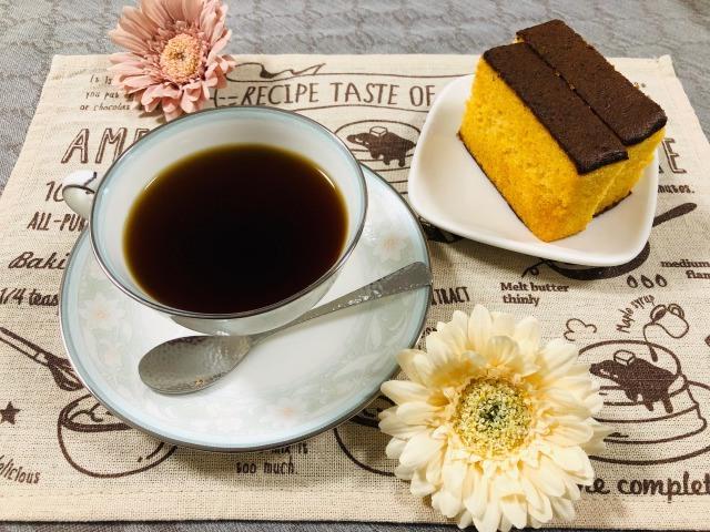 コーヒーとカステラ