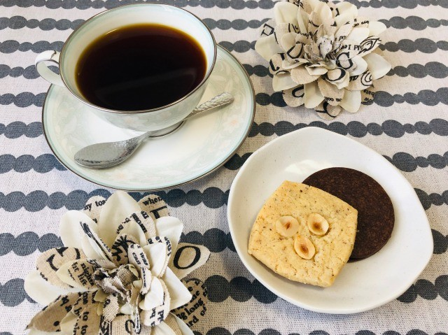 コーヒーとサブレ