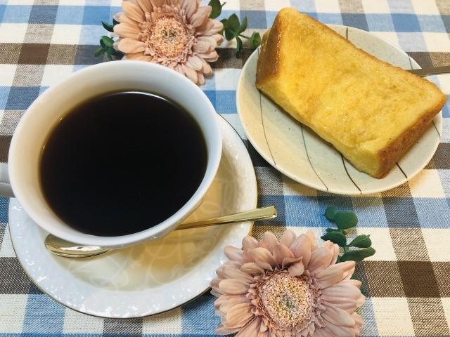 コーヒーとフレンチトースト