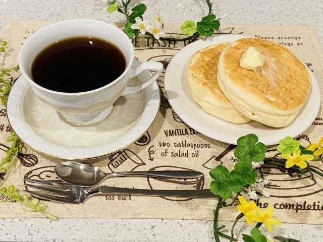 コーヒーとリコッタチーズパンケーキ