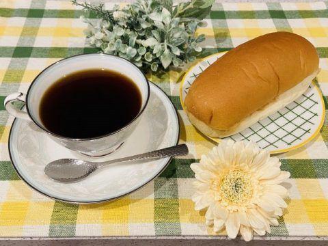 コーヒーとコッペパン 480x360