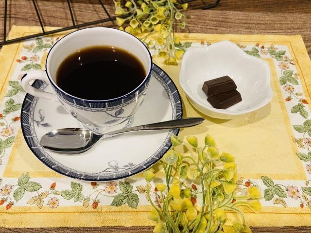 コーヒーとビターチョコレート