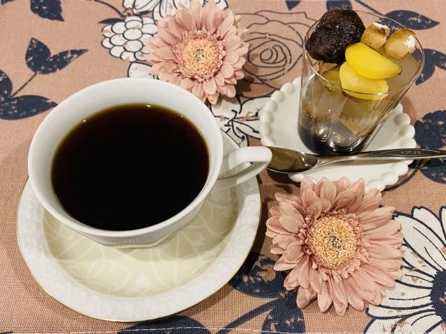 コーヒーとあんみつ