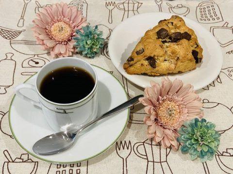 コーヒーとスコーン 480x360