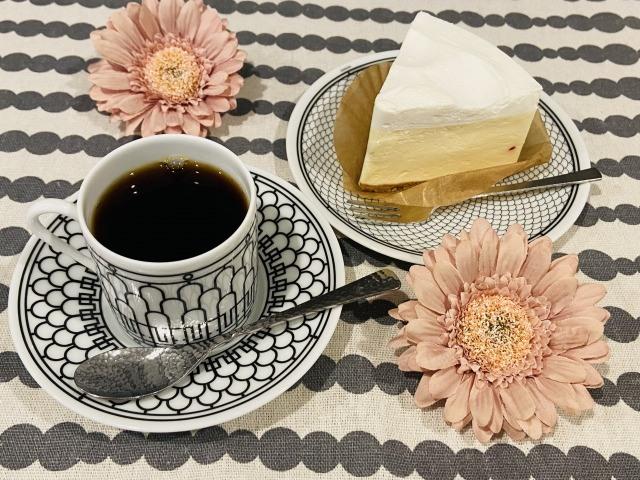 コーヒーとレアチーズ